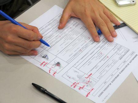 1日目講義ではJin教授から受講者に症例に対するプランインングシートが配布され、答案を書かせた